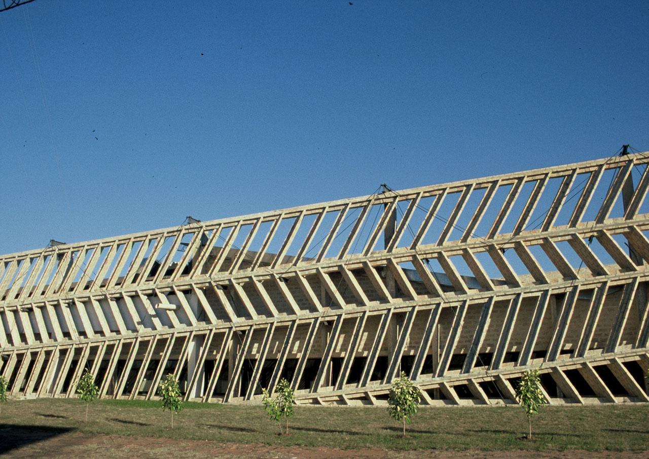 http://www.arquitectos.com.py/uploads/2008/06/05.jpg